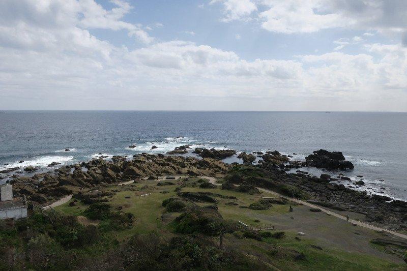 灯台から太平洋を眺められる